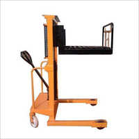 Hydraulic Hook Stacker