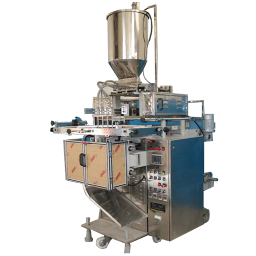 4 Track Liquid Detergent Packaging Machine