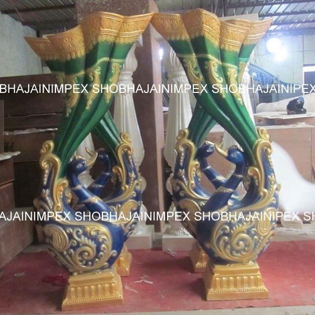 Decoration Peacock Pillar Statue
