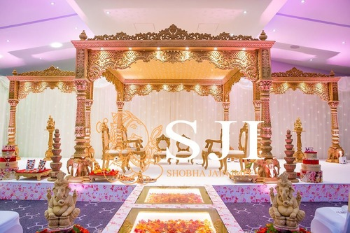 New Wood Mandap