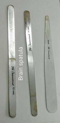 Brain spatula