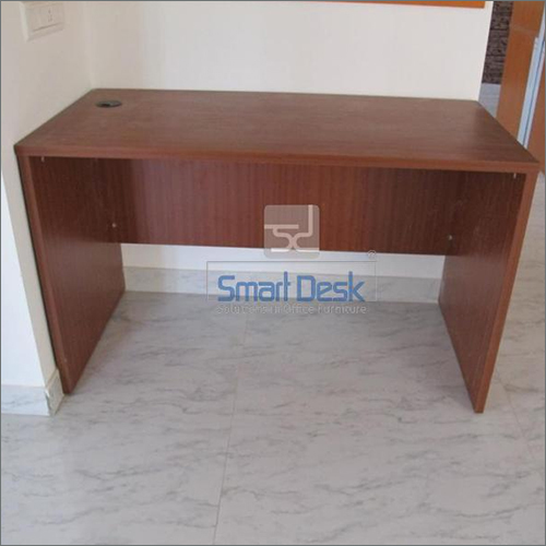 Free Standing Office Wooden Table