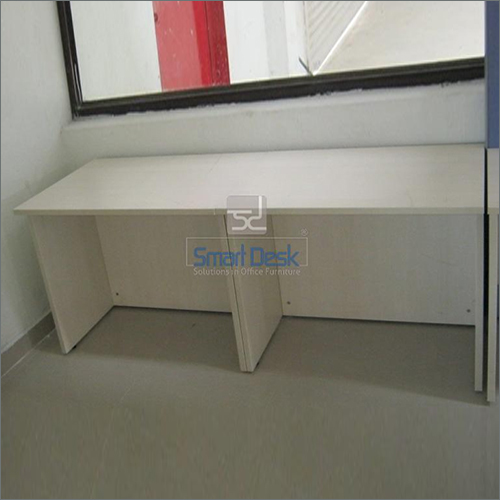 Free Standing Office Table