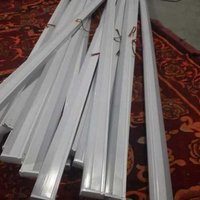 T5 LED tube lights (20 watt)