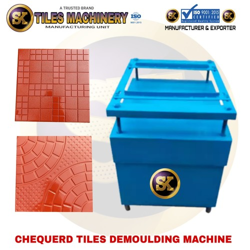 Chequered Tiles Demoulding Machine