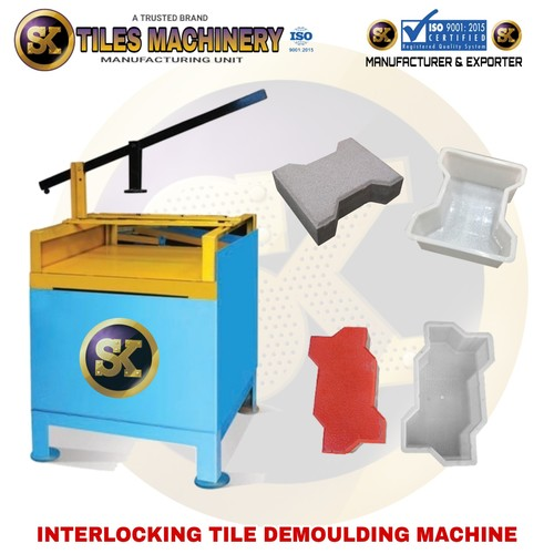 Interlocking Tiles Demoulding Machine