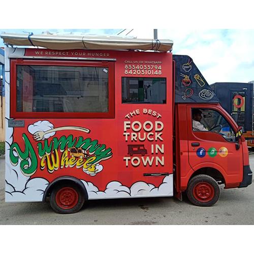 Yummy Wheels Food Truck