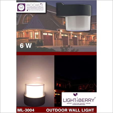 6 Watt Light Berry Outdoor Wall Light