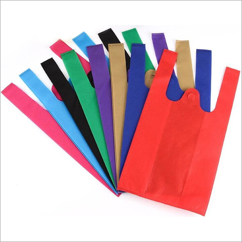 PP Colored W Cut  Non Woven Bag