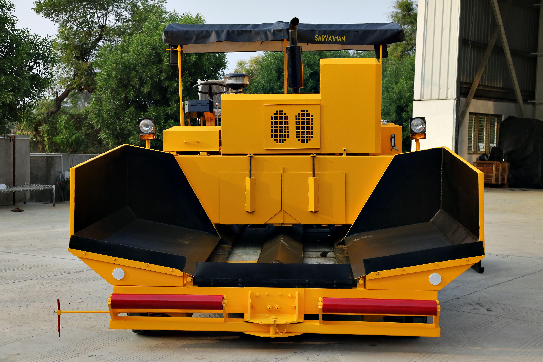 road paver machine