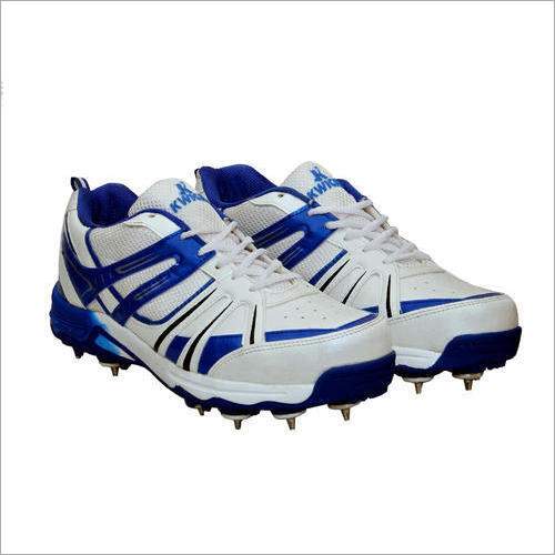 Full Spike Cricket Shoes