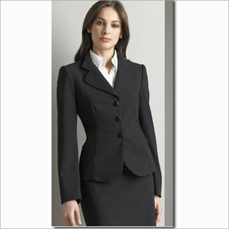 Women Black 3-nutton Suit