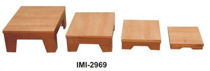 IMI-2969 NESTED CLIMBING STOOLS Set of 4