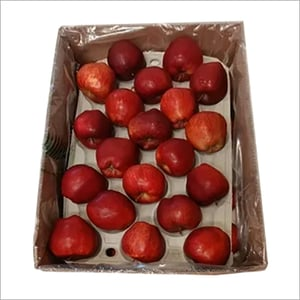Fresh apple Red Delicious