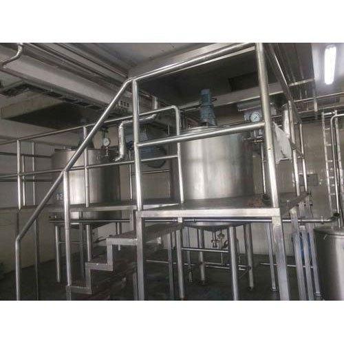 Semi-Automatic Mini Dairy Plant