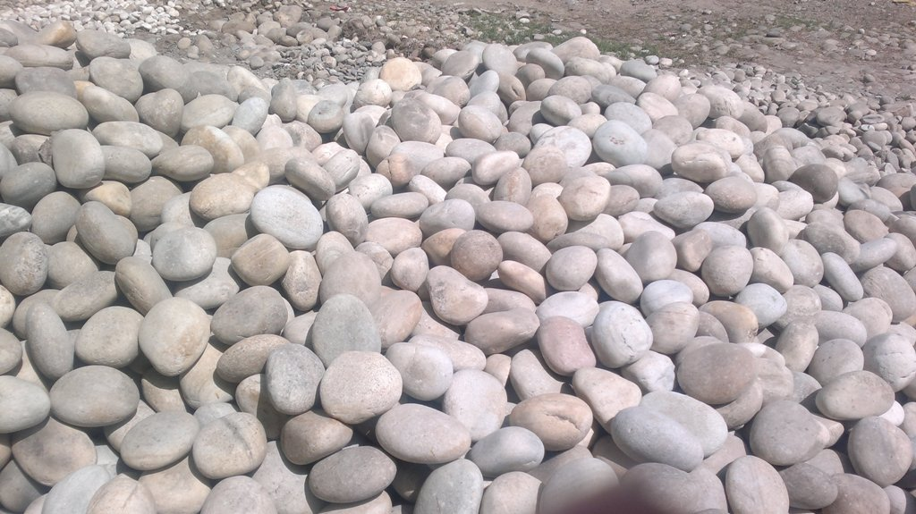 Indian Natural Outdoor Garden Landscape Boulder Rock Stone for Garden