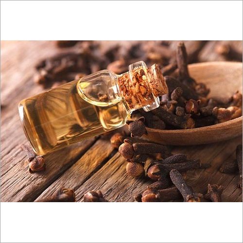 Clove Oil ( Eugenol 60 % )