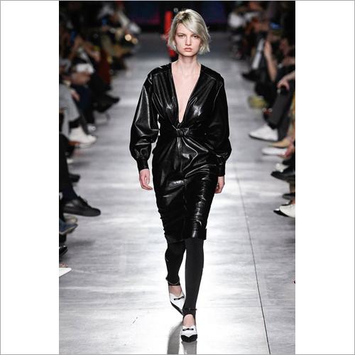 Ladies Knee Length Leather Coat