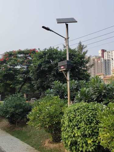 Stand Alone Solar Street Light 18W