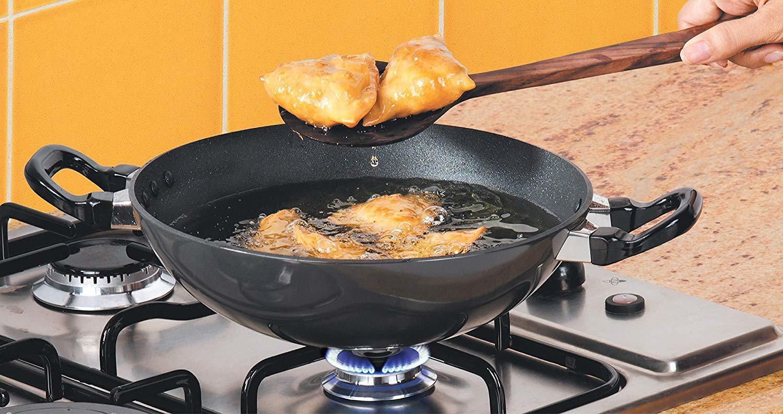 Hawkins Futura Non-Stick Deep-Fry Pan, 1.5 Litre, Black