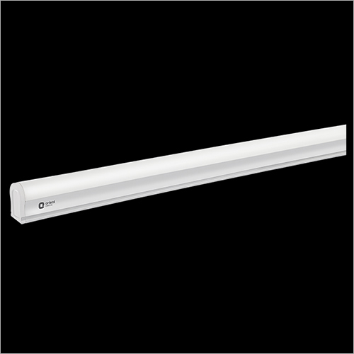 18 W LED Batten Light
