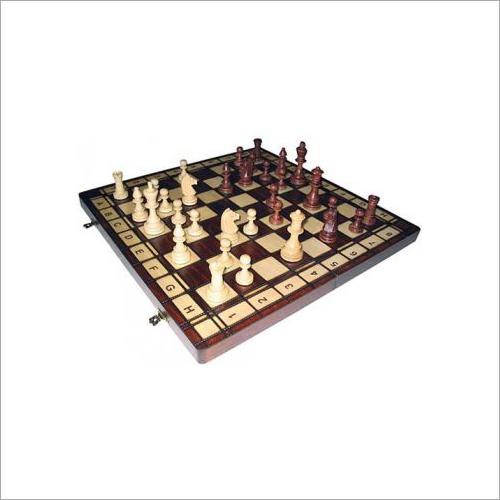 Jowisz Wooden Chess Set