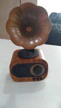 Wooden Gramaphone BT Speaker
