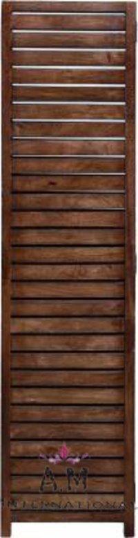 straight line design wooden partition
