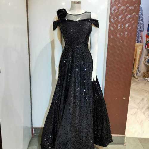 Black jorjet gown