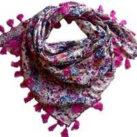 Fashionable Scarves For Girls