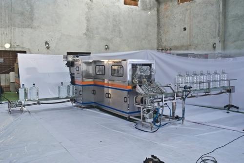 Mineral Water Pet Jar Filling Machine
