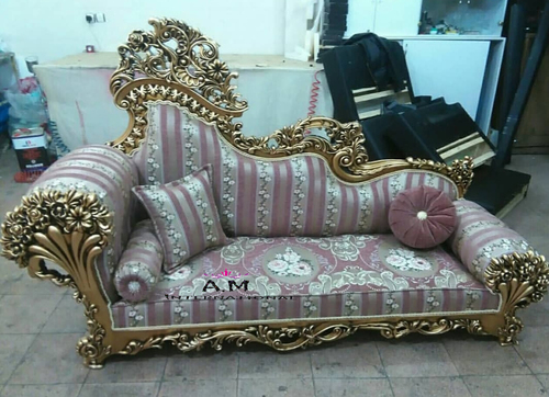 luxurious heavy carving couch