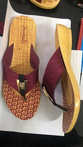 Goldy Plus Ladies Slipper