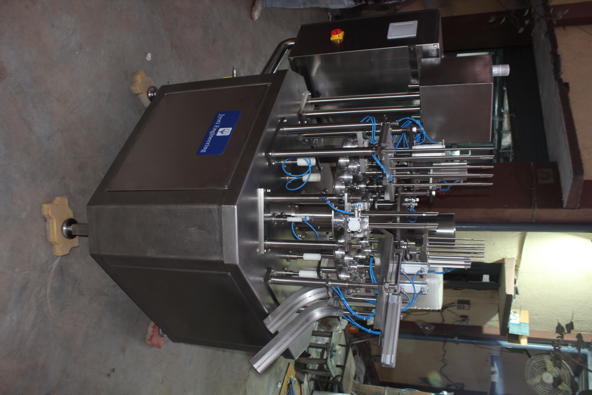 Ice Cream Cup and Cone Filling Machine