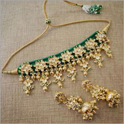 Ladies Artificial Necklace Set