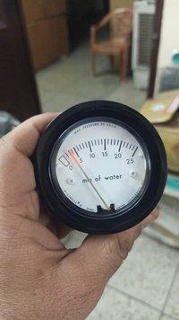 Series 2-5000 Minihelic II Differential Pressure Gauge