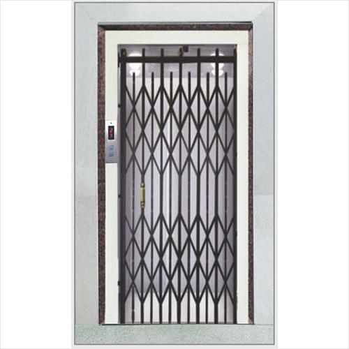 Collapcible Manual Door