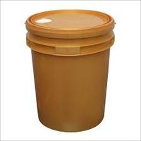 golden lubricant plastic bucket