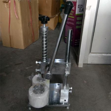 Tikki Fitting Machine