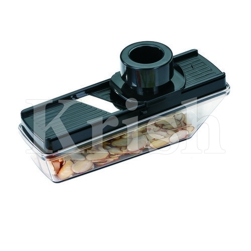 Compact Slicer with adjustable Blade