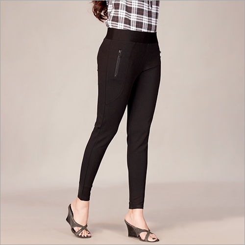 Ladies Plain Black Jegging
