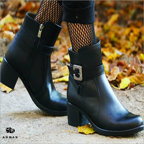 Ladies Black Leather Mid Boots