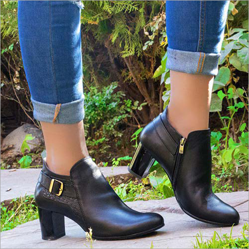 Ladies Natural Leather Office Boots