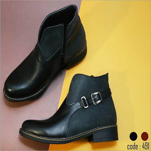Ladies Natural Black Leather Half Boot