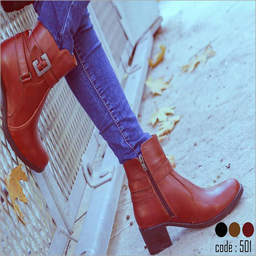 Ladies Natural Leather Zip Closure Boots