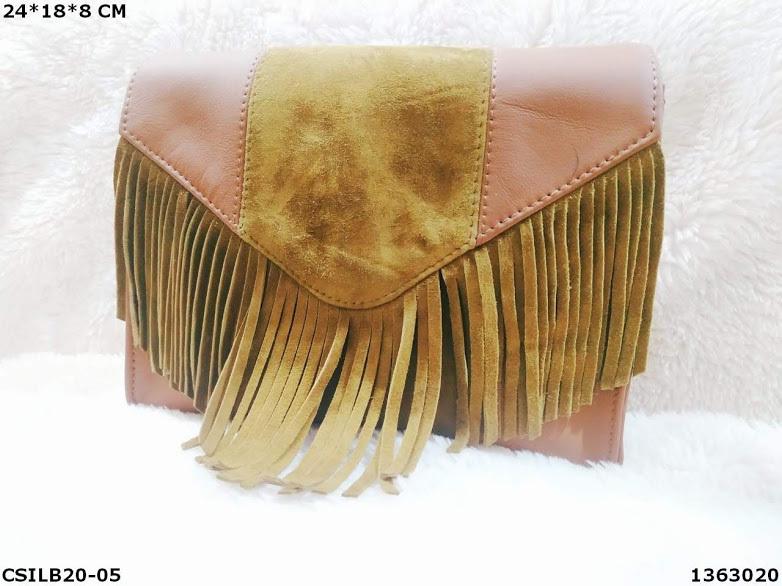 Genuine leather shoulder bag with frills