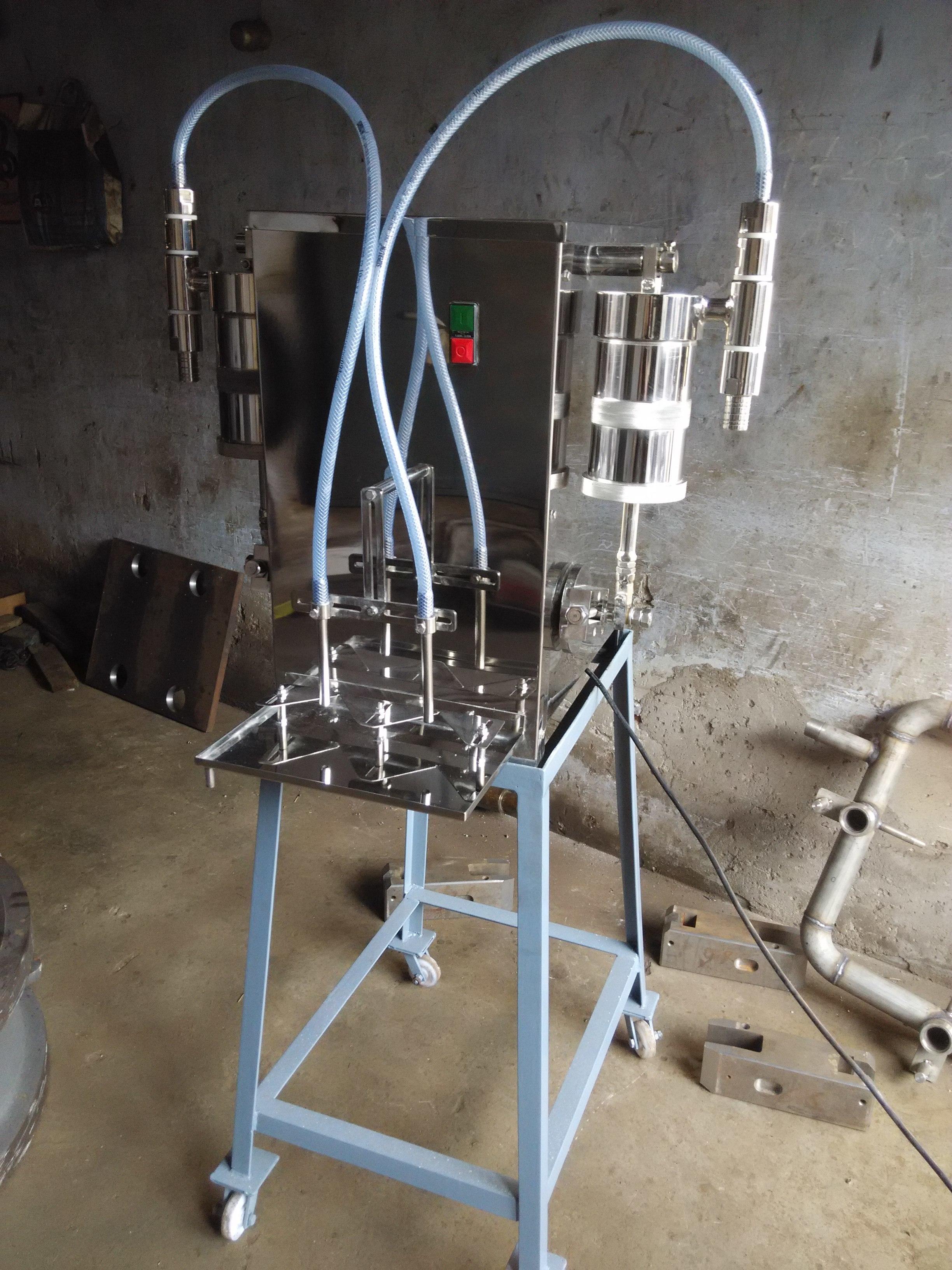 Two Nozzle Liquid Filling Machine