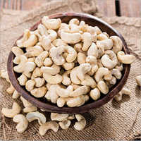 W280 Dried Cashew Nut