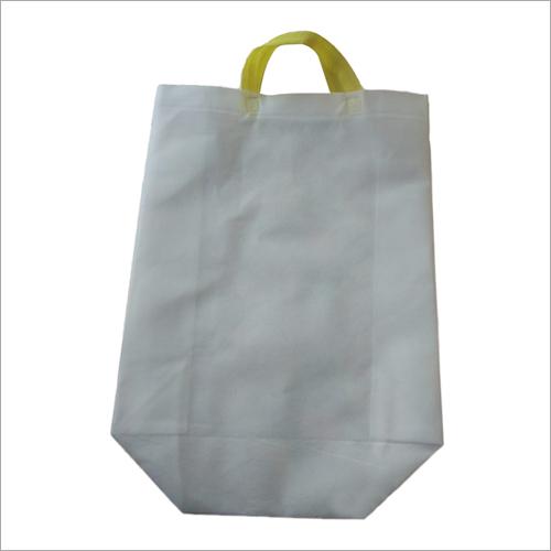White Non Woven Plain Carry Bag