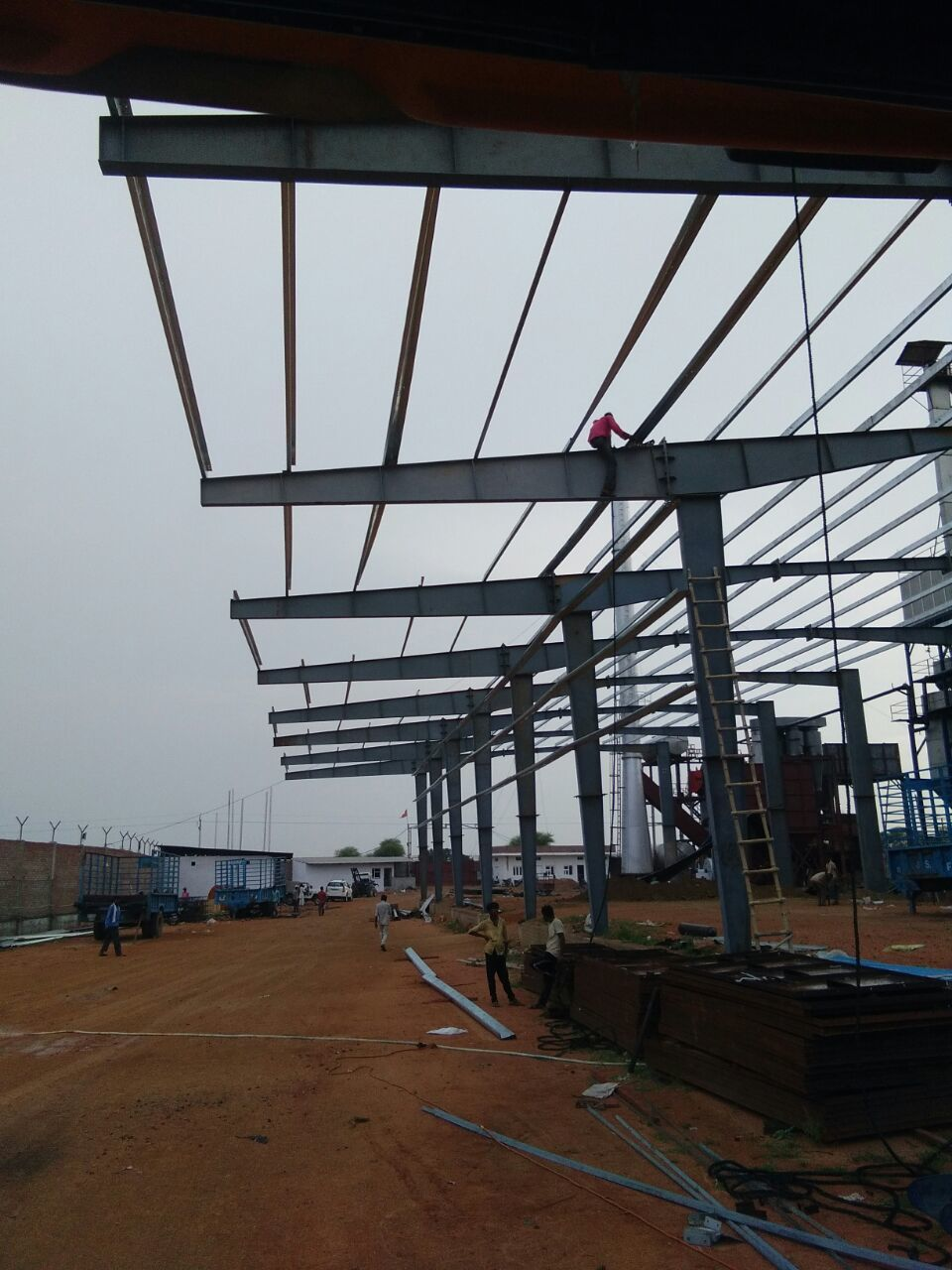 Multilevel PEB Steel Structures Building